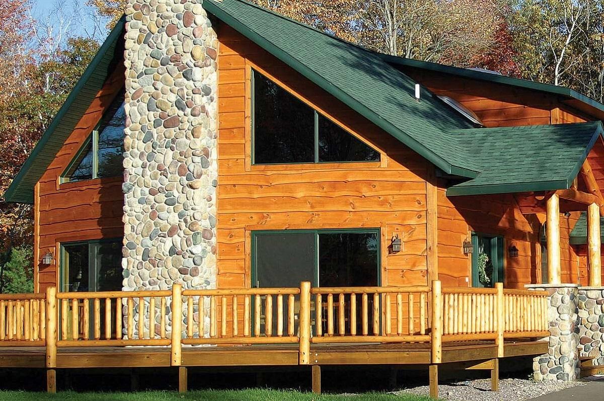 Как правильно сочетать цвет стен и крыши загородного дома?