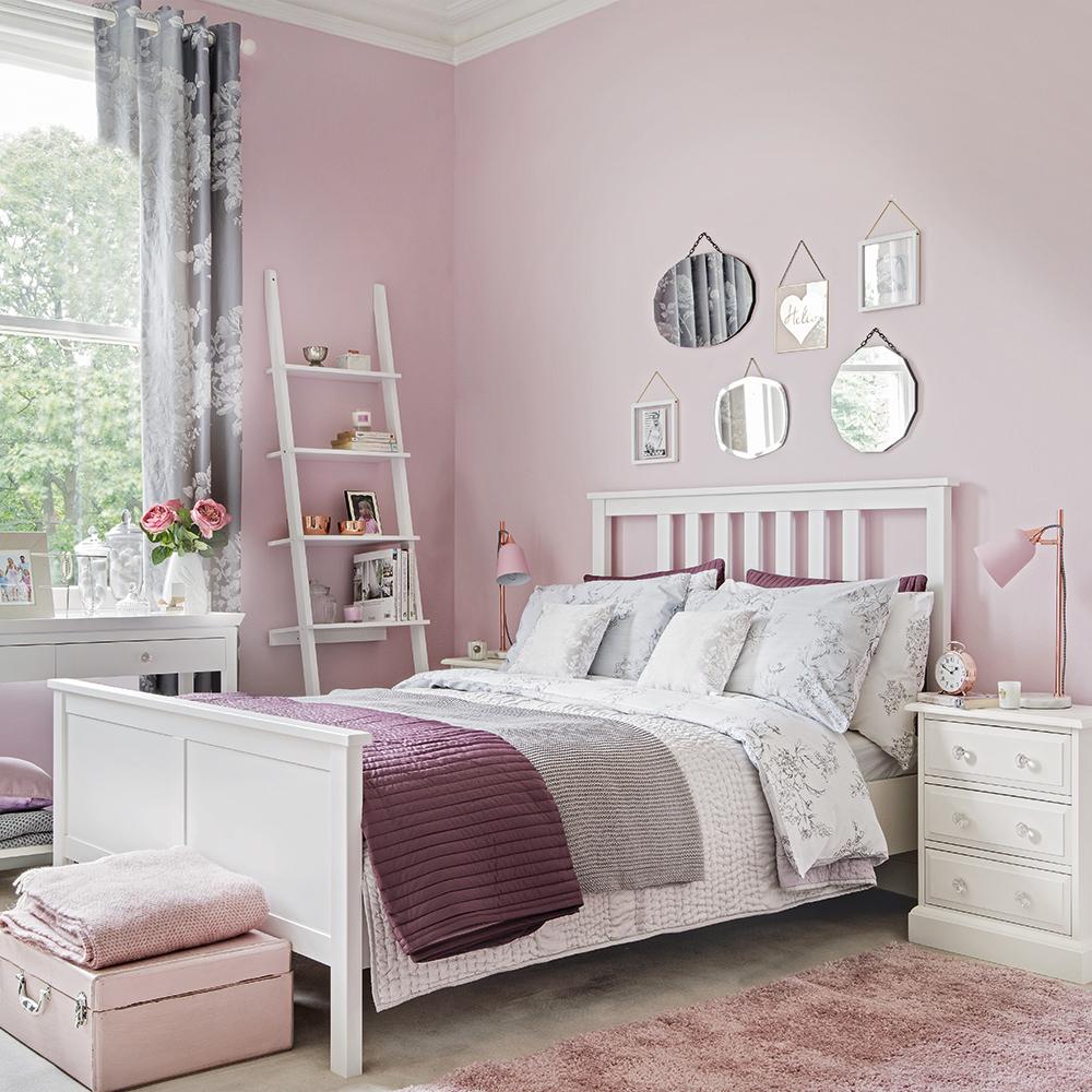 Модные оттенки розового в спальне: какое сочетание выбрать?