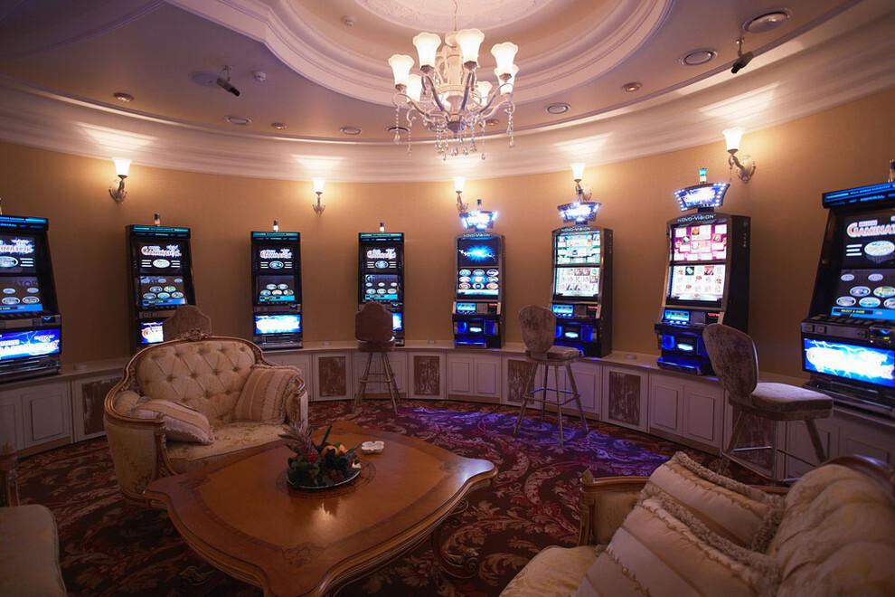 клуб-казино белая вежа, ооо плюс